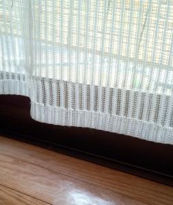 アレルギー対策のカーテン掃除
